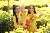 Con gái 16 tuổi của Á hậu Trịnh Kim Chi