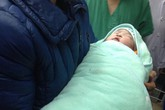 Bao giờ phụ nữ độc thân có quyền sinh con nhờ thụ tinh trong ống nghiệm?