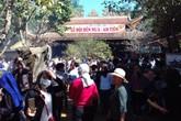 Thanh Hóa: Dòng người đổ về Am Tiên trước ngày mở cửa trời