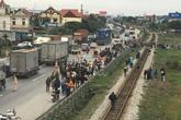 Tai nạn kinh hoàng ở Hải Dương: Đoàn đại biểu dự đại hội MTTQ của xã bị xe ô tô tải đâm 13 người thương vong