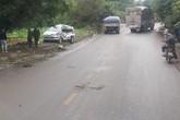 """""""Xe điên"""" tông trực diện ô tô 7 chỗ khiến 1 cháu bé tử vong cùng 7 người khác bị thương"""