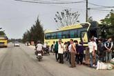 Xe khách chở đoàn học sinh đi tham quan gây tai nạn liên hoàn