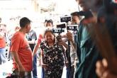 Nghệ sĩ Việt bức xúc vì đội quân livestream tại đám tang Anh Vũ