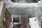 Hà Nội: Cần làm rõ việc cán bộ huyện Phú Xuyên đào hố, chôn đá, yểm bùa tại trụ sở