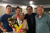 Hà Hồ đón bố mẹ bạn trai Kim Lý đến Việt Nam chơi