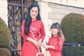 Danh hài Thúy Nga 'cứng họng' khi con gái hỏi mẹ có chồng không