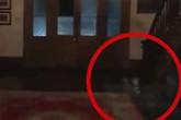 'Hồn ma ba đứa trẻ' xuất hiện trong video của đôi vợ chồng ở nhà trọ