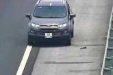 Lại phát hiện xe ô tô liều lĩnh đi lùi trên cao tốc Hà Nội - Hải Phòng