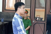 Kẻ giết 3 người muốn được tuyên tử hình, xin hát bài Éo le cuộc tình