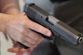 Khởi tố đối tượng dùng súng bắn trưởng thôn ở Hà Tĩnh
