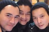 Bạn thân bật khóc khi ôm di ảnh Anh Vũ ra sân bay