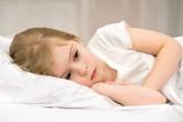 Ngoài bị nhét chất bẩn gây viêm âm đạo, nguyên nhân nào khiến các bé gái có thể bị mắc căn bệnh này?