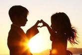 """Cha mẹ sốc nặng khi con ngoan, học giỏi nhưng """"yêu"""" sớm"""