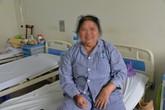 """Không dám chữa bệnh vì sợ đau, người phụ nữ bị """"lừa"""" đi… ăn cỗ để tới bệnh viện"""