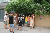 Đoàn phim 'Về nhà đi con' vật vã quay dưới nắng nóng hơn 40 độ