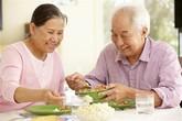 Chế độ dinh dưỡng cho người cao tuổi bị bệnh tim mạch
