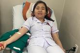 3 nhân viên y tế hiến máu sống cứu khẩn cấp bệnh nhân có nhóm máu hiếm