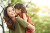 Nước mắt mẹ đơn thân (9): Nữ bác sĩ xinh đẹp từ chối mọi lời tỏ tình để làm mẹ đơn thân và sự thật đau đớn phía sau