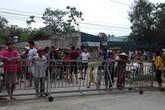 Thanh Hóa: Người dân phản đối công ty lập rào chắn ngăn đường ra biển