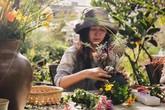 Nữ giám đốc doanh nghiệp quyết định sống cho bản thân sau 40 tuổi bằng cách nghỉ việc về quê trồng hoa