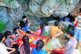Kỳ lạ với hang Đồng Cò lạnh hơn điều hòa ở Nghệ An