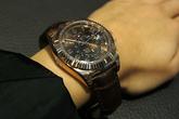 Nhà giàu đổ xô bán trang sức, đồng hồ vì giá vàng lên cao