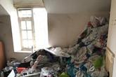 Người thuê trọ ra đi để lại núi rác cao chạm trần khiến chủ nhà khóc thét, nhìn vào nhà vệ sinh chỉ muốn ngất