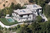 Vợ cũ Tom Cruise sở hữu lượng nhà đất khổng lồ và xa xỉ