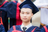Thủ khoa khối A toàn quốc nhưng chỉ có 1.4 điểm Tiếng Anh, suýt bị liệt ở kỳ thi THPT Quốc gia 2019