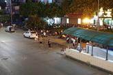 Nhốn nháo cảnh tranh giành khách giữa đường phố Hà Nội