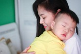 Thấy cảnh Thư ôm con nhỏ đợi chồng trong phim, Thu Quỳnh đăng dòng tâm sự khiến fan nhớ về hôn nhân trước của cô