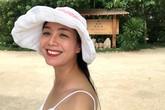 Nghệ sĩ Chiều Xuân tự tin diện bikini khoe thân hình ở tuổi 52