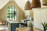 """3 phong cách thiết kế nhà bếp cổ điển kiểu Anh dưới đây sẽ khiến bạn """"chết mê chết mệt"""""""