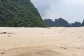 Quảng Ninh: Bí ẩn bãi cát xốp lấp biển trái phép tại thành phố Cẩm Phả