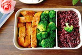 Ăn Eat Clean không thể bỏ qua hộp cơm trưa làm nhanh ăn ngon này