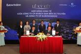 Eurowindow ký kết hợp đồng hợp tác với Chủ đầu tư Swisstouches La Luna Resort