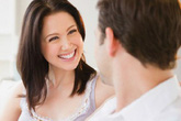Muốn được chồng ủng hộ, chị em nên khen chồng hết lời