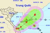 Áp thấp nhiệt đới vào Quảng Trị gây mưa rất to, một áp thấp khác nối đôi vào biển Đông