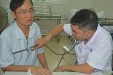 Gần 1.000 người dân gần Công ty Rạng Đông đi khám, 320 người được chỉ định chuyển lên bệnh viện xét nghiệm, điều trị