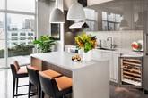 Có lẽ chính bạn cũng chẳng thể ngờ những căn bếp màu xám lại có thể đẹp đến vậy