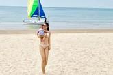 'Mẹ hai con' Thân Thúy Hà diện bikini ở tuổi 41 khiến Hà Tăng, Xuân Lan cũng phải ồ lên kinh ngạc