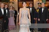 """Gái út của vị vua Thái mới lập """"vợ lẽ"""": Phong cách thời trang bỏ xa các nữ nhân Hoàng tộc khác"""