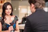 Cảm giác vợ sắp cưới có biểu hiện lạ, triệu phú vung tiền thuê trai đẹp thử lòng