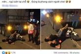Xôn xao hình ảnh 2 thanh niên nằm vắt tay lên trán... ngủ say sưa giữa đường sau khi húc vào đuôi xe tải