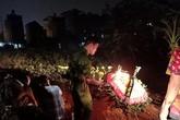 Chôn cất nam thanh niên bị tai nạn được 3 ngày, 2 gia đình ở Hà Nội đến xin nhận người thân