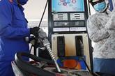 Xăng giảm giá vài trăm, dầu bất ngờ giảm hơn 2.000 đồng/lit