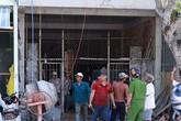 Đỡ thanh sắt, nam công nhân bị điện giật văng từ tầng 2 xuống đất