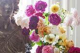 Những lọ hoa giúp bừng sáng căn phòng trong tích tắc, đánh bay cái lạnh mùa thu đông