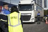 Pháp phát hiện hàng chục người di cư Pakistan trong một xe tải