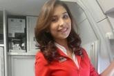 Bị ung thư xương, bà mẹ 3 con vẫn vượt qua trở thành nữ tiếp viên hàng không